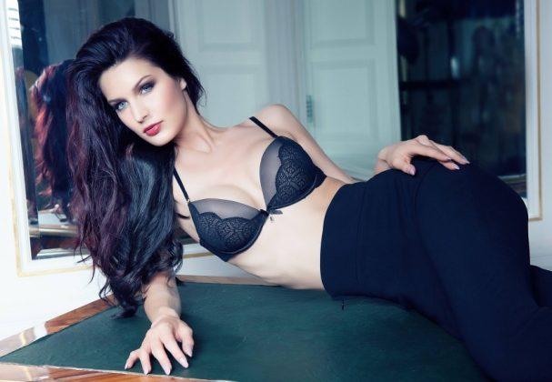 Annika Grill - Modella Austriaca