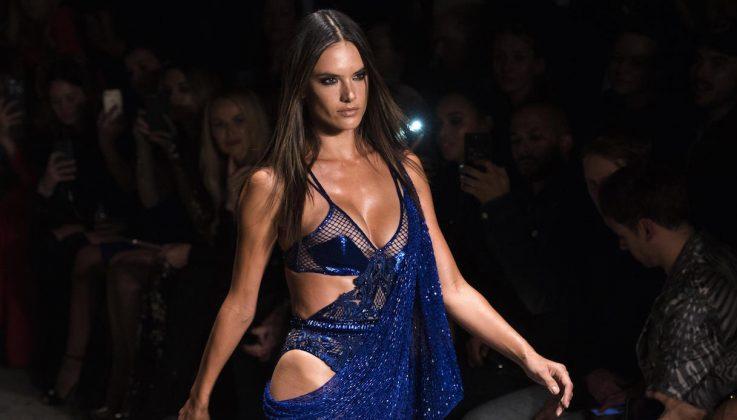 Alessandra Ambrosio - Fashion Week 2017