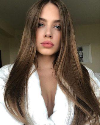 Xenia Tchoumi - Modella Famosa