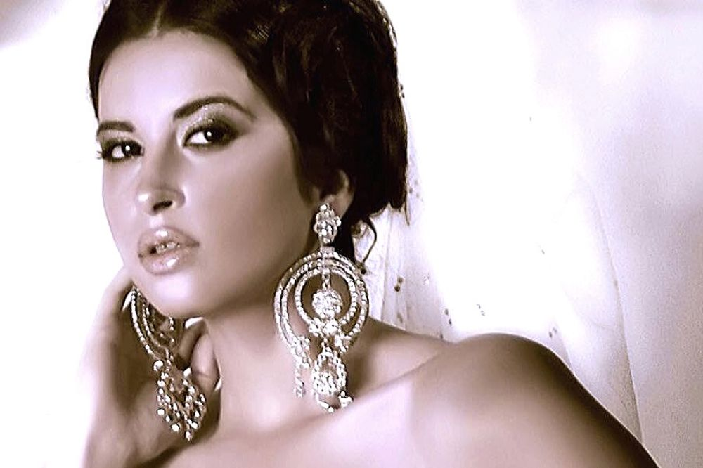modella egiziana famosa
