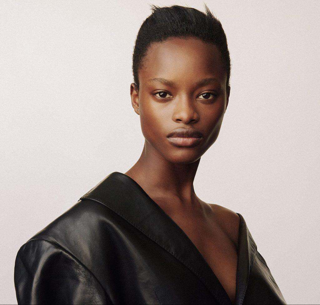 Mayowa Nicholas - modelle da seguire nel 2020