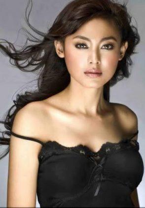 Modelle indonesiane famose