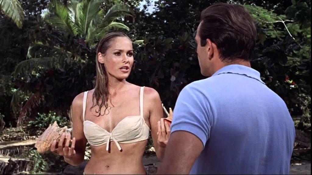 Ursula Andress in James Bond Il bikini compie 75 anni: i modelli più iconici di tutti i tempi