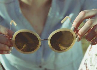 occhiali da sole particolari foto